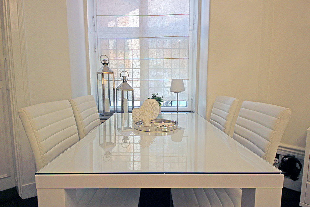 8a-Dining-Table